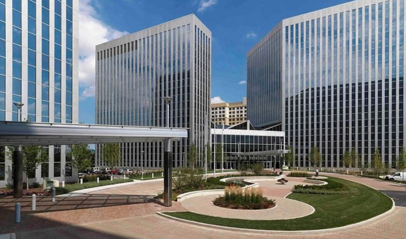 President's Plaza Building | Product Manager Saas